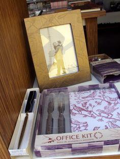 Presentes Papelópolis Abridor de cartas com cabo em pedra, Porta-Retrato, Office Kit