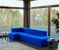 4,452 vind-ik-leuks, 29 reacties - HAY (@haydesign) op Instagram: 'New shot of the Mags Sofa in blue Tonus Kvadrat fabric with a chaise lounge and open modular for…'