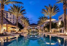 Gaylord Palms Resort & Convention Center -  Located just 1.5 miles from the front gate of Walt Disney World® and in close proximity to other Orlando theme parks, the Gaylord Palms Resort is just 20 minutes from Orlando International Airport.