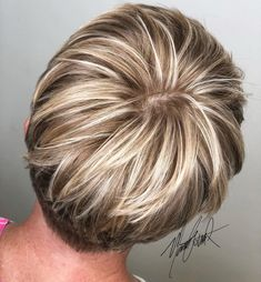 The 68 Greatest Blonde Pixie Hairstyles and Haircuts that Must You Try – hair color blonde Short Blonde Pixie, Short Brown Hair, Short Pixie Haircuts, Short Hair Cuts, Short Hair Styles, Blonde Pixie Hairstyles, Blonde Pixie Haircut, Pixie Haircut Styles, Long Pixie