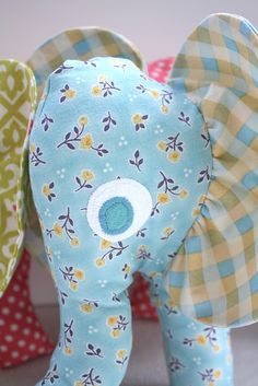 Free elephant softie pattern & tutorial. Can use pattern for appliqué for a blanket.