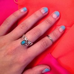 Half & half manicure with clear polish! Easy n breezy DIY nail art for summer