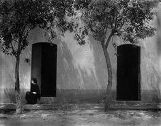 """irenelichtensteinblog: """" Edward Weston, Tina, 1923 """""""