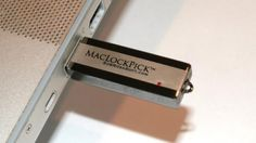 May 2007 SubRosaSoft's MacLockPick is a USB sized gizmo that can extract passwords, e-mail addresses, recently accessed files, search strings, bookmark Spy Gear, Building An Empire, Apple Mac, Usb Flash Drive, Hacks, Bookmarks, Crime, Computers, Internet