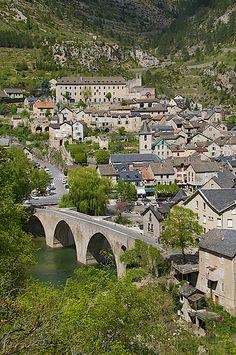Sainte-Enimie ~ Gorges du Tarn ~ Lozere ~ Languedoc-Roussillon ~ France
