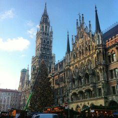 The town square in Marienplatz is a more gothic form of European architecture