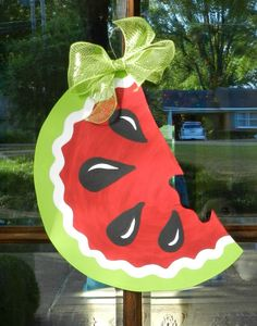 Watermelon Want me to make this?? maybe 2 for the fence at road?