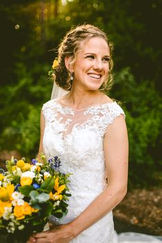 Photography: Carolyn Scott Photography Hair and Makeup: Wedding Hair by Liz Venue: The Museum of Life + Science Event Planning: Events by Memory Lane Curly Wedding Hair, Wedding Hairstyles With Veil, Wedding Updo, Professional Hairstyles, Life Science, Updos, Event Planning, Hair Makeup, Museum