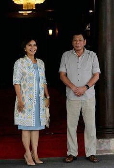 VP Leni Robredo's modernized ethnic coat and pastel blue dress is lovely Pastel Blue Dress, Blue Dresses, Filipiniana Dress, Fashion Beauty, Womens Fashion, How Beautiful, Barong, Men Casual, Asian