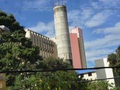 O Hospital de pronto socorro fechado, o AMA que esta do lado o prefeito do PT vai fechar.