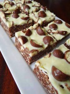 Chocolate Peanut Butter Bars – Delicious recipes to cook with family and friends.