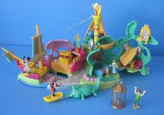 1997 - Disney's Peter Pan Neverland Playset - Bluebird Toys