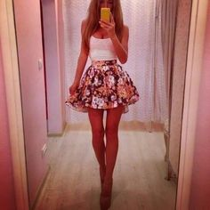 sexy cute oufit white tanktop with flowered skirt