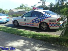 https://flic.kr/p/yESsBC | Queensland Police Service | Traffic stop Meadowbrook. Driver of motor vehicle, turning onto Edenlea Dr proceeded to do a large burnout, right in front of police vehicle. Meadowbrook, QLD