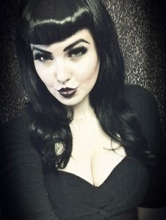 Dark look with Bettie bangs (forever in love with the bettie bangs look) UGGGGHHHH *.*
