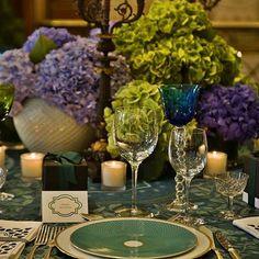Uma mesa para sonhar! Credits:@casadopassdico #tablesetting #tablestyling #tablescape #tabledesign #lartdelatable #instagram #inspiration #photooftheday #instamood #tablephoto #latabledegiselle