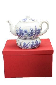 "Tee Kaffeekanne ""Lavendel"" Porzellan Tea Pots, Tableware, Design, Atelier, China China, Lavender, Weihnachten, Nice Asses"