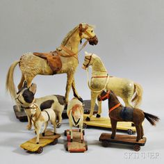 Vintage Stuff and Antique Designs Antique Rocking Horse, Rocking Horse Toy, Vintage Horse, Vintage Dolls, Pull Along Toys, Equestrian Decor, Wooden Horse, Pull Toy, Carousel Horses