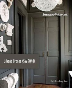 sherwin williams urbane bronze - Our front door color Exterior Paint Colors, Paint Colors For Home, Dark Paint Colors, Dark Gray Paint, Bright Colors, Room Colors, House Colors, Door Makeover, Black Doors