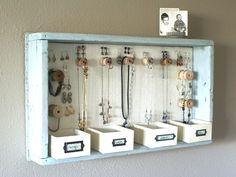 23 DIY jewelry organizers