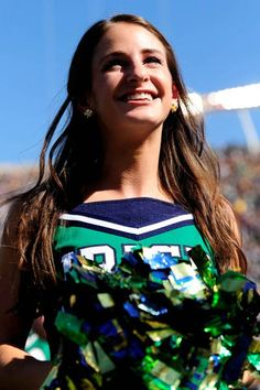 Notre Dame Irish cheerleader