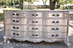 How to paint a glamorous metallic silver dresser with silver leafing. You can do this gorgeous finish in a cool silver tone or warm gold one and now an ever popular rose gold! Metallic Painted Furniture, Silver Furniture, Chalk Paint Furniture, Glazing Furniture, Painted Dressers, Furniture Refinishing, Distressed Furniture, Antique Furniture, Refurbished Furniture