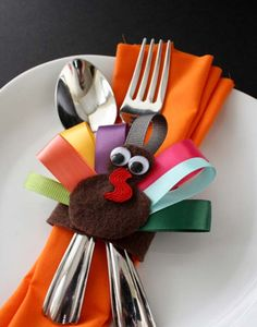 20 Super Beautiful DIY Napkin Rings For Your Cozy Thanksgiving homesthetics decor (16)