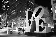 képtelenség mást mondani és más mondani, mint szeretni...<3 örökké