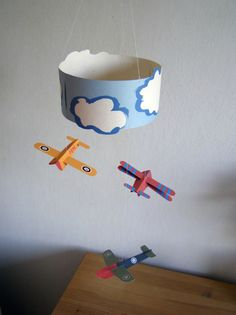 6 Ways to Get Creative with Cardboard 6 Ways to Get Creative with Cardboard is part of Cardboard crafts For Boys Get creative with this collection of cardboard crafts! Crafts For Boys, Craft Activities For Kids, Diy For Kids, Easy Crafts, Mobiles, Craft Tutorials, Craft Projects, Diy Paper, Paper Crafts
