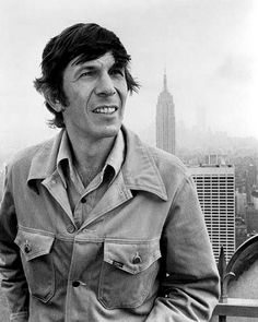 """Leonard Nimoy atop Rockefeller Center during filming of a segment for the NBC show """"Go"""", NYC, photographer uncredited. (Brand New Twin Towers in far background. Spock, Leonard Nimoy, Star Wars, Star Trek Tos, The Good Witch, William Shatner, Science Fiction Art, Classic Tv, Famous Faces"""