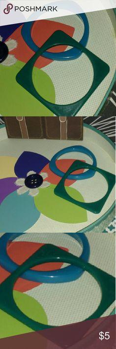 Sale>>2 Plastic Cool Shaped Bracelets Blue Triangular & Green Square Plastic Bangels Jewelry Bracelets