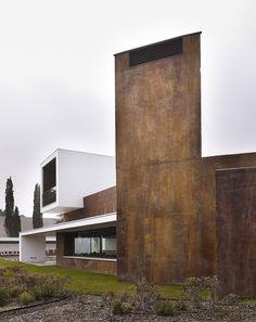 Moraleja House by DAHL + GHG Architects
