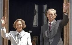 Anne of Romania, the loyal and modest wife of Romania's last monarch, King Michael, has died, Romania's royal house said. She was Anne… Peles Castle, Latest International News, The Loyal, See World, Royal House, Royal Jewels, Queen Anne, Around The Worlds, King