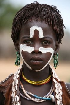 Africa | Hamer girl. Omo Valley, Ethiopia | ©Richard Notebaart
