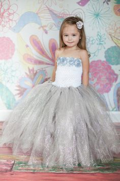 Hey, I found this really awesome Etsy listing at https://www.etsy.com/listing/163636246/sparkly-glitter-white-and-silver-tutu