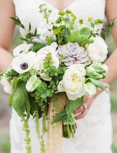 Anemone and succulent bouquet