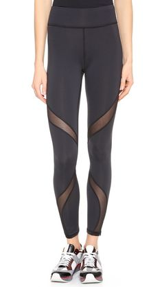 2XU Compression Tights in Black/Blue | SFH | Pinterest | Youth ...