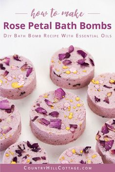 Homemade Bubbles, Homemade Bath Bombs, Handmade Soap Recipes, How To Make Rose, Natural Bath Bombs, Bombe Recipe, Sugar Scrub Homemade, Rose Bath, Bath Bomb Molds