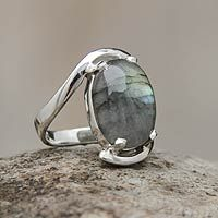 Sterling Jewelry, Metal Jewelry, Silver Jewelry, Silver Rings, Platinum Jewelry, Sterling Silver, Geeks, Silver Ring Designs, Stone Rings