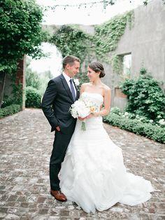 beautiful Summerour courtyard portraits | Laura Leslie #wedding