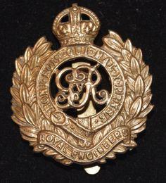 World War II - British - Royal Engineers - Cap Badge - c1940s