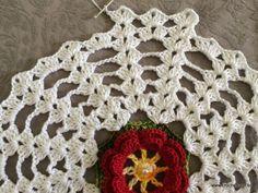 Trilho de mesa - caminho de mesa com flor rasteirinha - passo a passo (51)