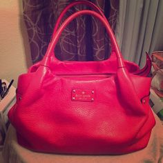 Kate Spade Coral handbag ❤️❤️❤️ Wonderful color and in great condition, dust bag included!! kate spade Bags Totes
