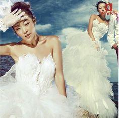 Feather Diamond Decorated Wedding Dress, Tube Top Design, Cocktail Hem