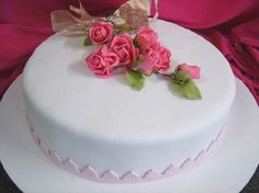 Fondant, Shabby Chic Cakes, Pasta, Rose Cake, Occasion Cakes, Pretty Cakes, Cupcake Cookies, Marshmallow, Cookie Decorating