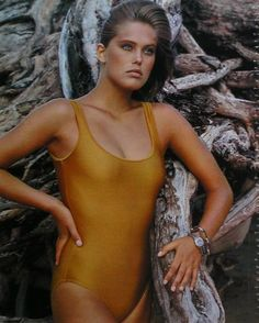 New York Times  1983  : Renee Simonsen