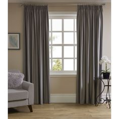 Wilko Thermal Blackout Curtain Silver 167 x 137cm