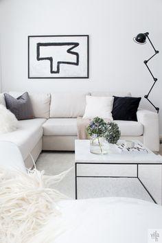 livingroom, hattara-matto, abstractart, HATTARAA VARPAITTEN ALLE Villa, Couch, Living Room, Blog, Furniture, Home Decor, Decoration Home, Room Decor, Sofas