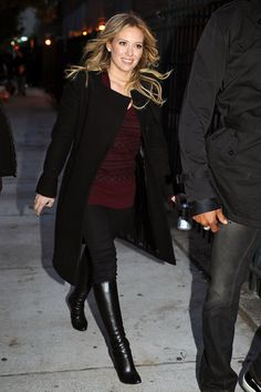 Hilary Duff Photos - Stars of hit TV show 'Gossip Girl' are spotted out and about on the Lower East Side after filming an episode. - 'Gossip Girl' roams the Lower East Side Black Knee Length Boots, Black Boots, Hilary Duff Style, Celebrity Look, The Duff, Gossip Girl, Nail Whitening, Bomber Jacket, Wraps