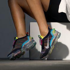 Nike Wmns Air Vapormax 2020 Flyknit Frauenschuh schwarz / bunt